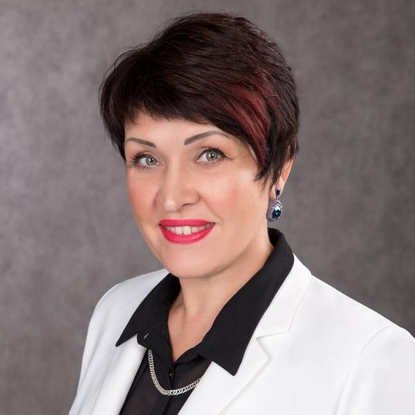 Никитина Татьяна Семёновна,  директор учреждения
